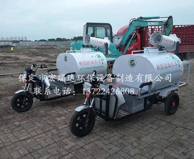 保定宏瑞达洒水雾炮车SW4—天津学校项目工地使用案例