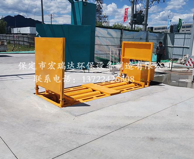 天津武清区建筑工地使用保定宏瑞达基坑式洗轮机案例