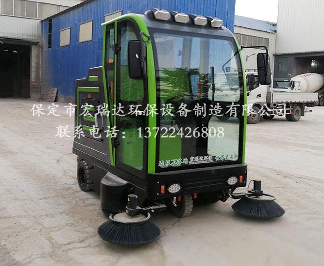 河北宏瑞达2150电动扫地车助力湖南怀化搅拌站地面清洁工作