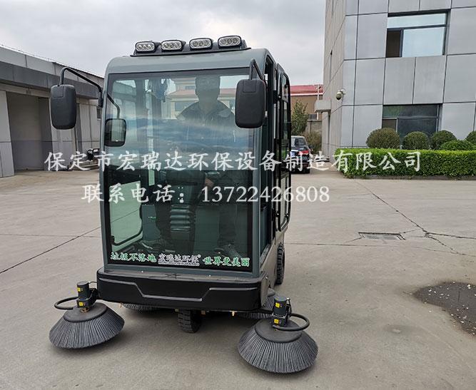 安徽芜湖工厂使用保定宏瑞达电动扫地车案例